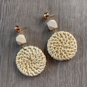 NWT WICKER / RATTAN EARRINGS - White Geo Circles